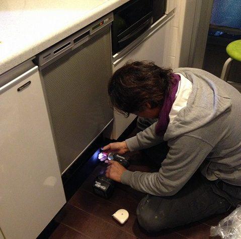 ビルトイン食洗機の取り付け