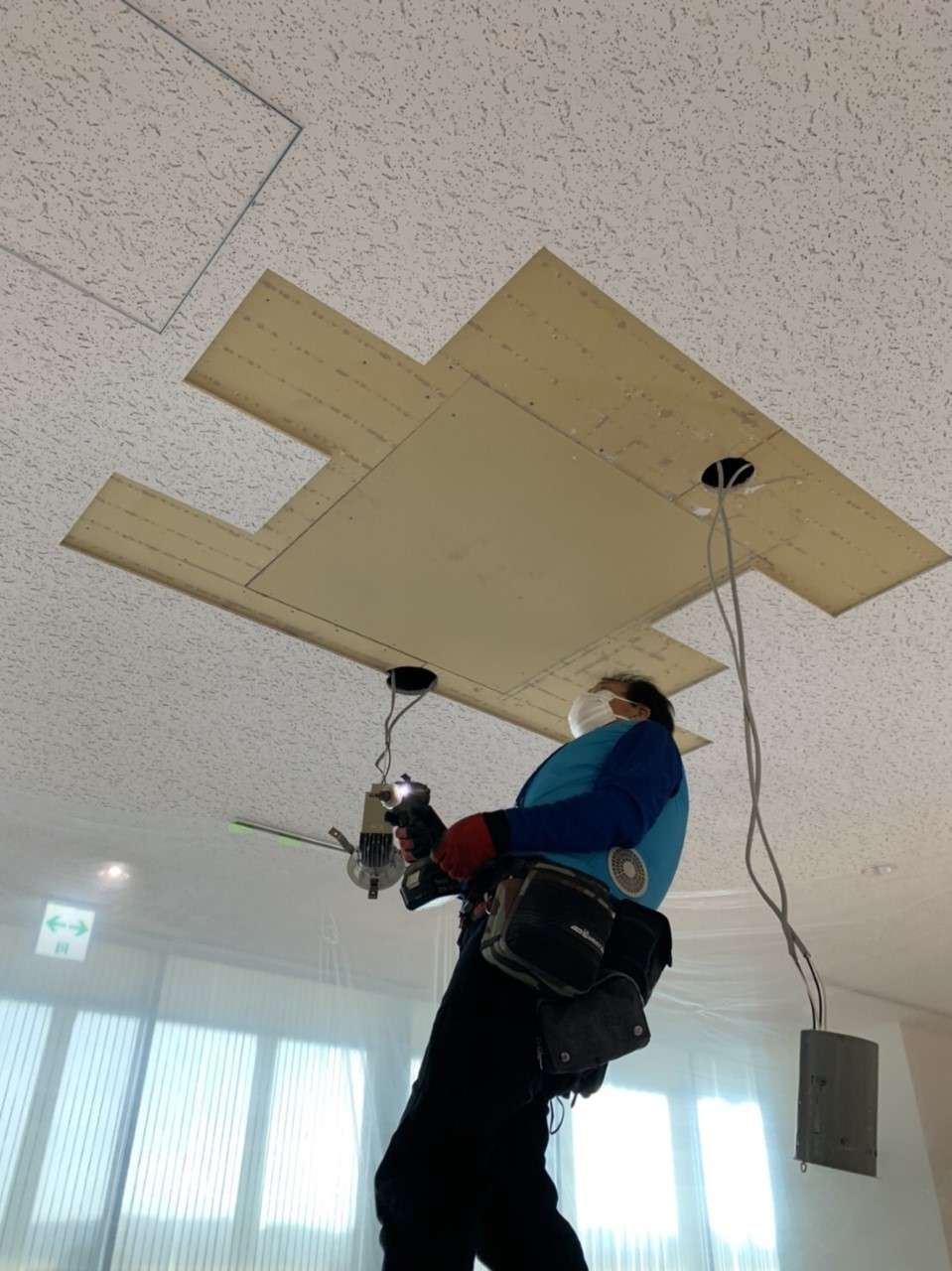 群馬県高崎市にて天井補修工事の様子